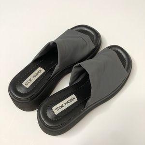 Vintage STEVE MADDEN platform 90s sandals slinky 8